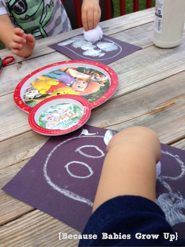 Ghost Craft: Painting with Pom Poms